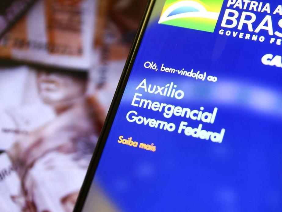 Sexta parcela do auxílio emergencial, com novo valor, começa a ser pago na quinta - Foto: Agencia Brasil