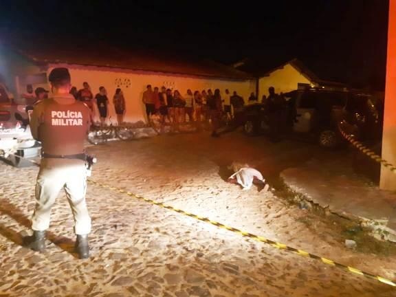 Jovem é morto a tiros em Parnaíba (Reprodução)