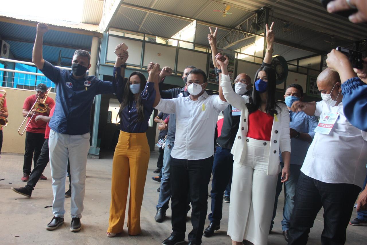 Fábio Abreu recebe apoio de autoridades em convenção Foto: Assessoria