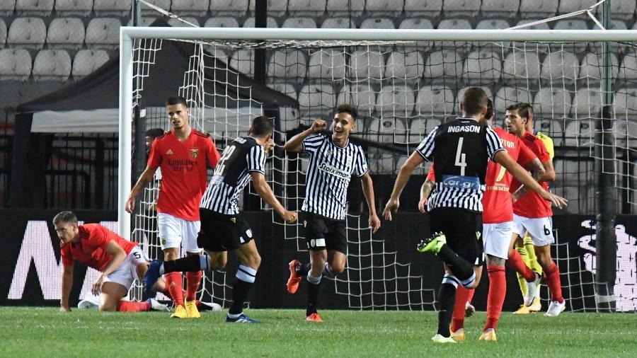 Jogadores do Paok comemoram gols- Imagem: REUTERS/Alexandros Avramidis