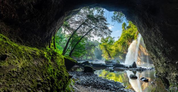 Parque é repleto de cachoeiras, animais e lagos (imagem: Divulgação)