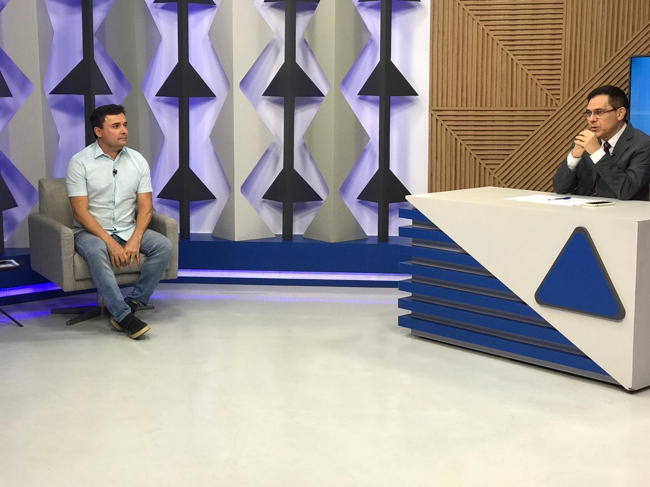 Fábio Novo durante sabatina no Jornal Agora (Meionorte.com)