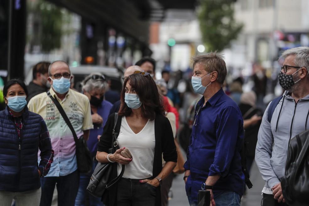 Pessoas usando máscara / Crédito: Manu Fernandez/AP