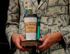 Confira os vencedores do Ig Nobel 2020, o prêmio da irrelevância