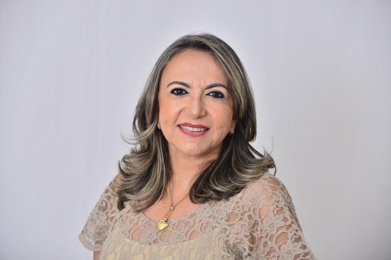 Adriana Cavalcante, pré-candidata a vereadora em Uruçuí