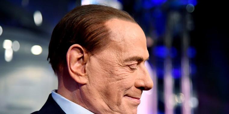 Ex-primeiro-ministro da Itália, é diagnosticado com Covid-19