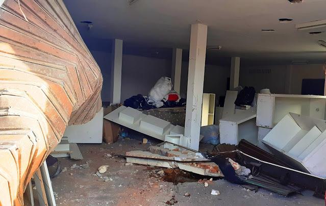 Motorista perde o controle de carro e invade loja em Parnaíba - Imagem 3