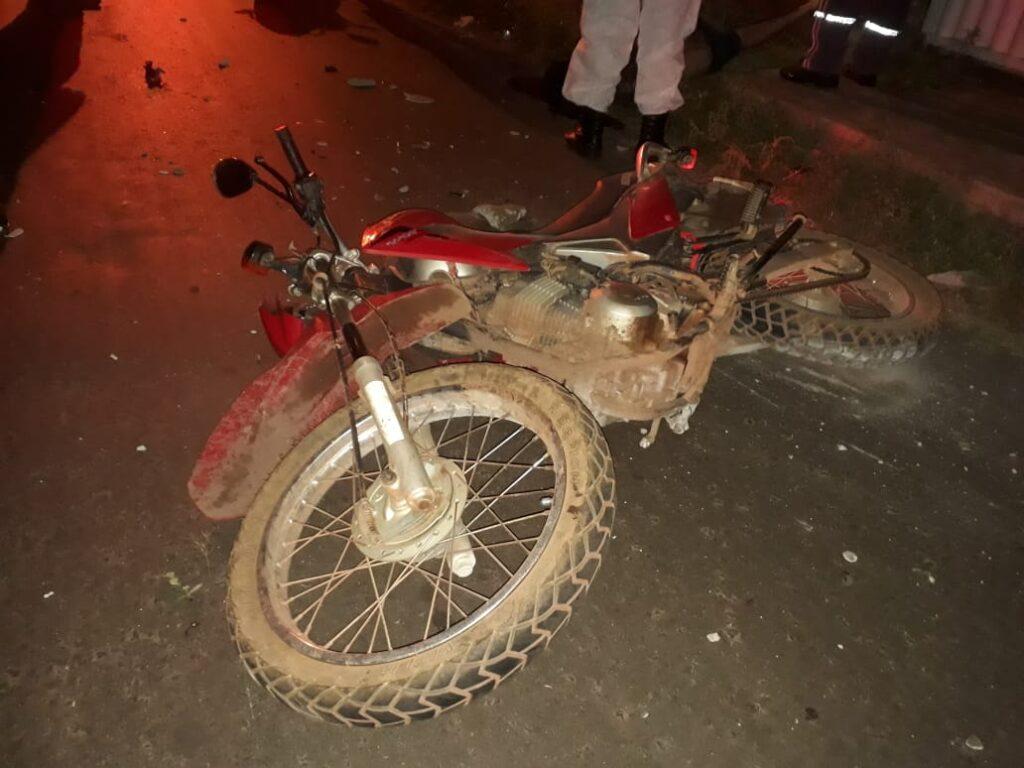 Homem morre após colidir moto em portão de residência em Barras - Imagem 3