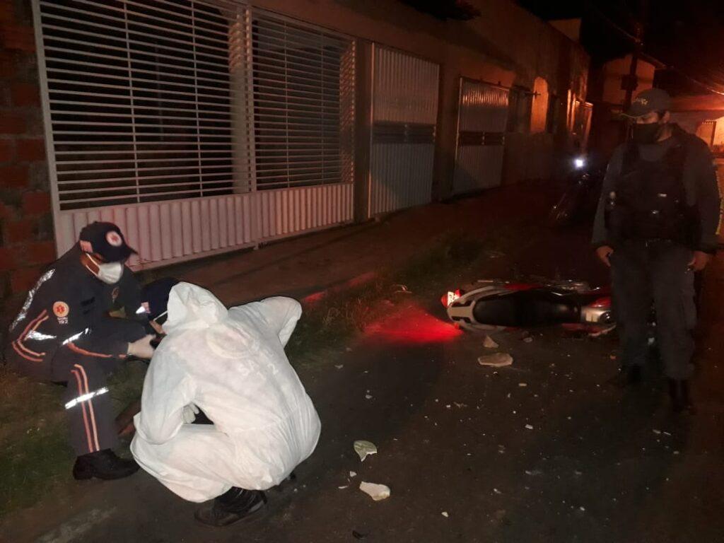 Homem morre após colidir moto em portão de residência em Barras - Imagem 2