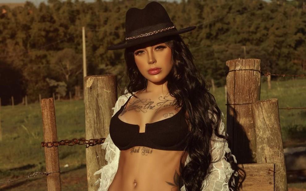 Mirella processou a Record uma semana antes de entrar em A Fazenda 12 - Imagem 1