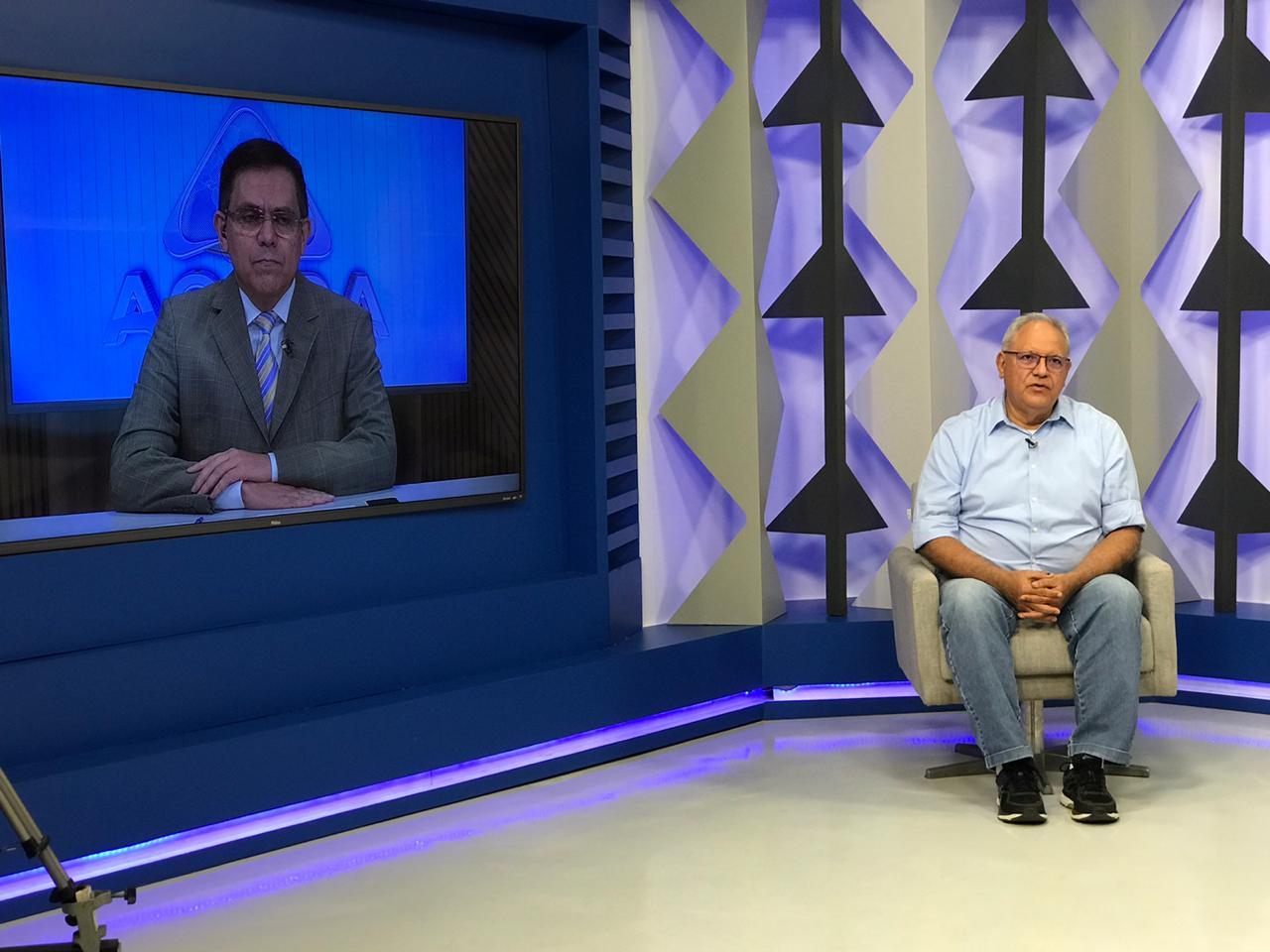 Professor Kléber Montezuma em entrevista ao Jornal Agora - Foto: Meio NorteProfessor Kléber Montezuma em entrevista ao Jornal Agora - Foto: Meio Norte