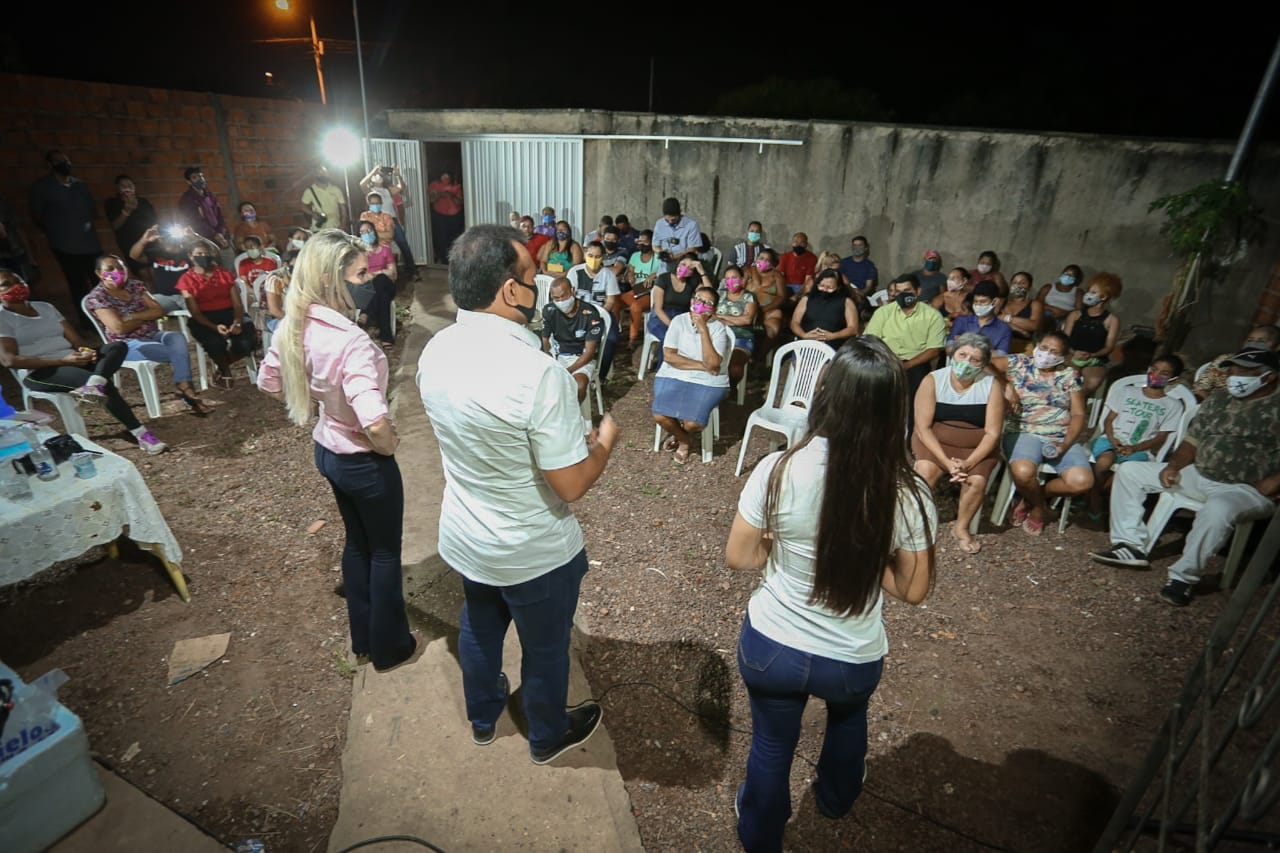 Fábio Abreu visita bairros da capital em campanha