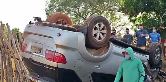 Colisão com carro deixa motociclista gravemente ferido no Piauí (Foto: Blog do Coveiro)