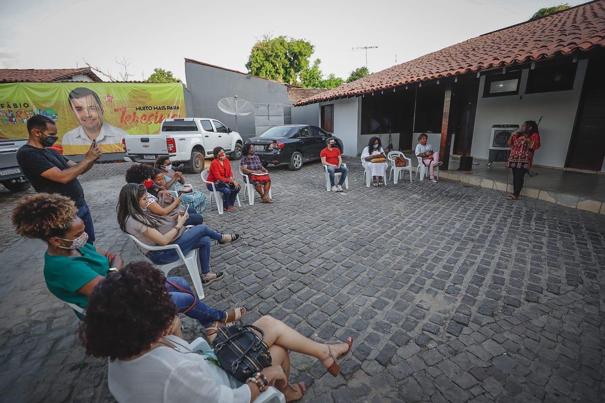 Fábio Novo recebe apoio de representantes do Movimento Negro