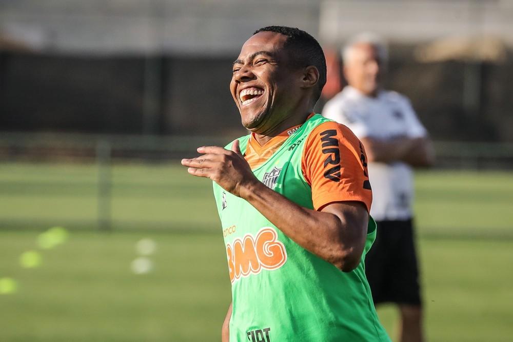Elias em treino do Atlético-MG