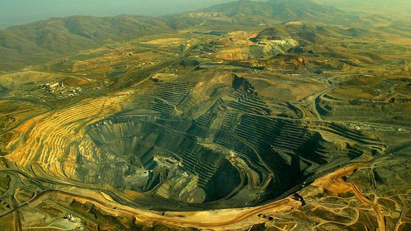 A maior parte das minas de hoje está a ceu aberto (Imagem:Rick Loomins)