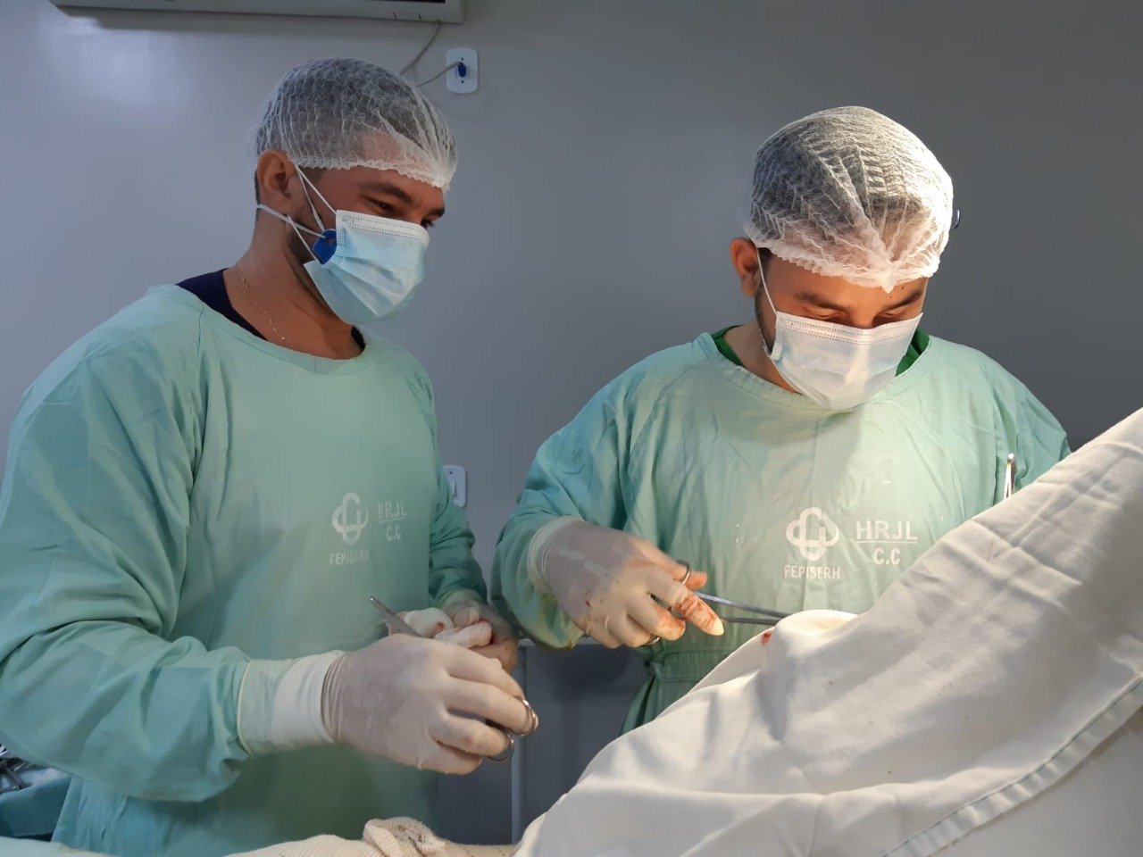 Hospital Justino Luz (Picos) realiza mutirão de cirurgias ortopédicas