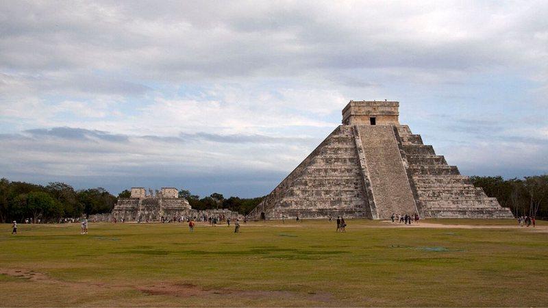 Chichén Itzá, um dos principais centros do período pós-clássico - Wikimedia Commons