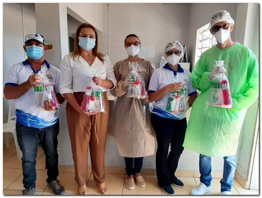 Secretaria de Saúde realizou entrega de kits de higiene  - Imagem 11