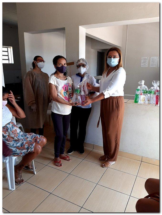 Secretaria de Saúde realizou entrega de kits de higiene  - Imagem 14