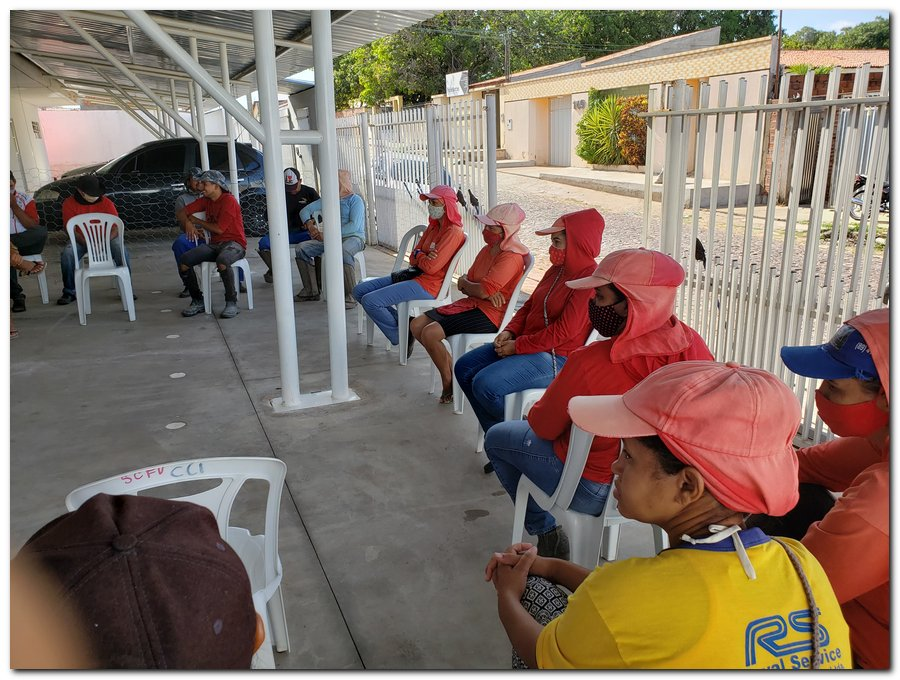 Garis e varredeiras recebem kits de higienização e proteção individual  - Imagem 1