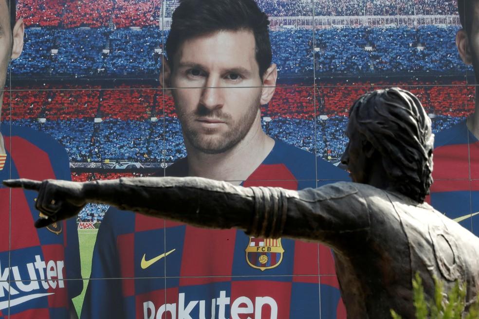 Painel com Messi-Foto-Nacho Doce/Reuters