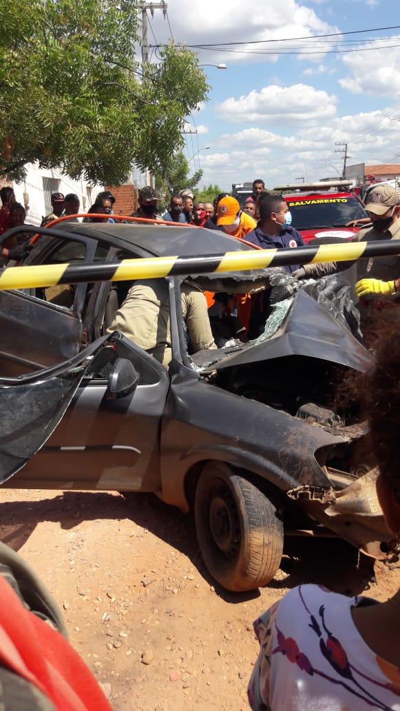 Homem morre em grave colisão na BR-316