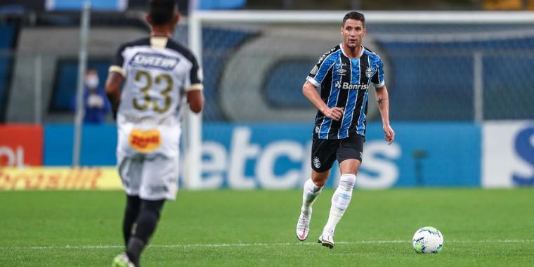 Tiago Neves não tem mais contrato com o Grêmio