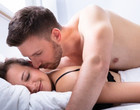 Fazer sexo anal alarga o ânus? Profissional tira todas as dúvidas
