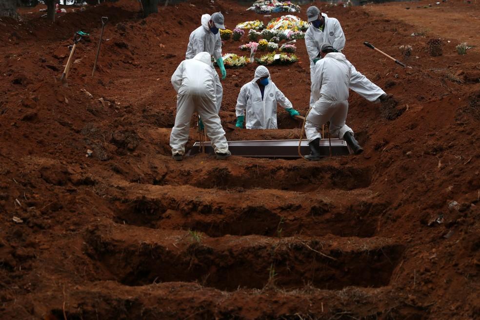 Brasil ultrapassa 126 mil mortes