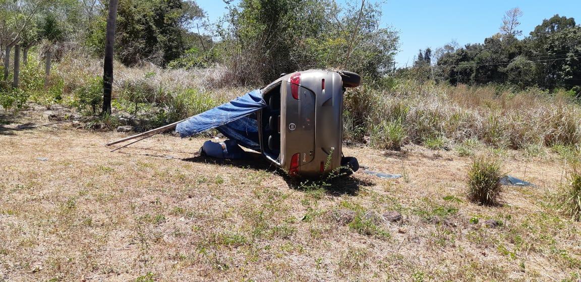 Mulher morre após capotar veículo na BR-343 em Teresina