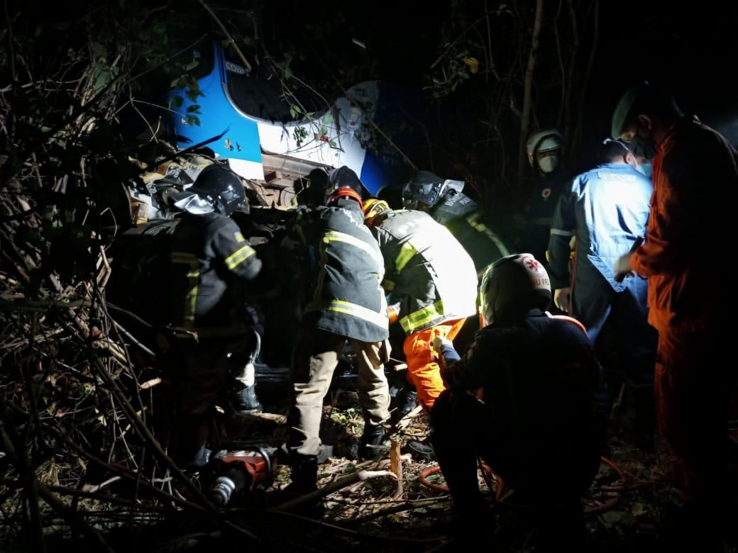 Acidente deixou uma pessoa morta e vários feridos na BR-316 (Ivan Lima)