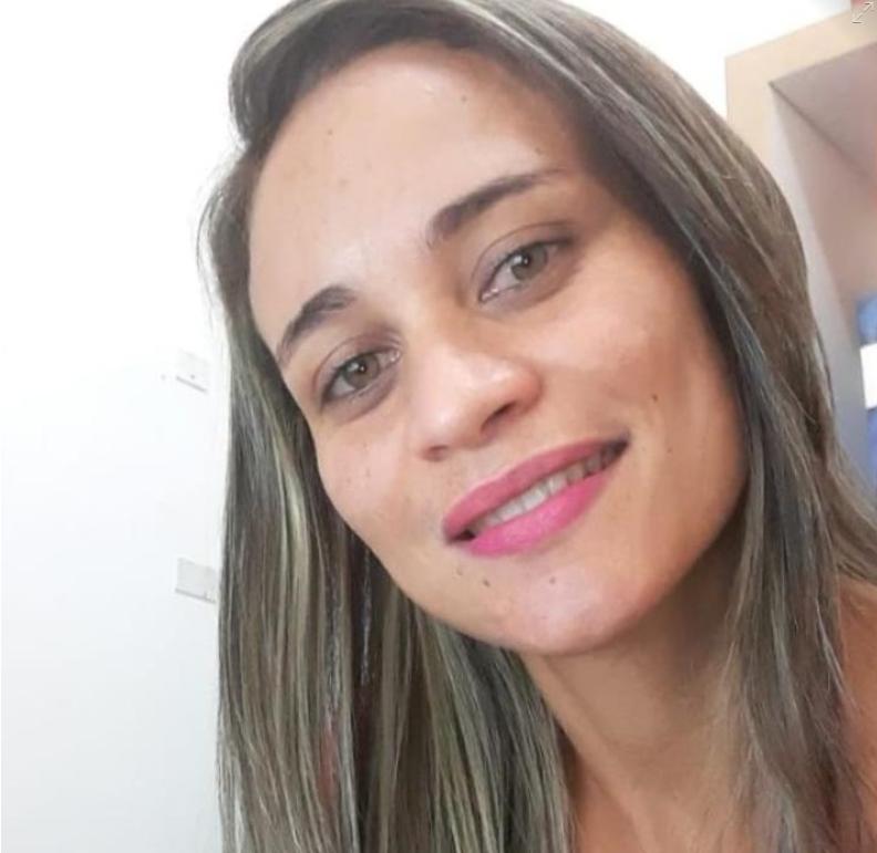 Miriam Silva de Santana,