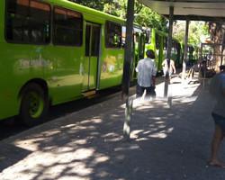 Motoristas fazem paralisação em protesto após corte de salários em Teresina