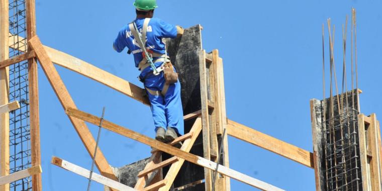 Custo da construção sobe 0,88% em agosto, diz IBGE