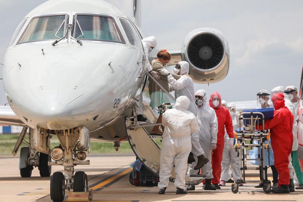 Pacientes com quadro moderado de Covid-19 são recebidos em Teresina — Foto: João Allbert/Agif/Estadão Conteúdo