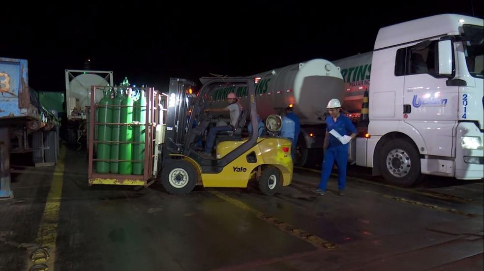 Manaus recebe carga com 70 mil metros cúbicos de oxigênio de Belém - Imagem 1