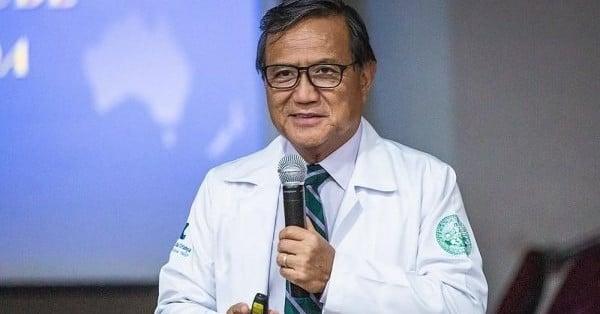 Médico que criticava isolamento e defendia uso de ...