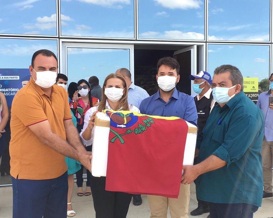 Municípios do Piauí recebem primeiras doses da vacina contra Covid-19 - Imagem 6