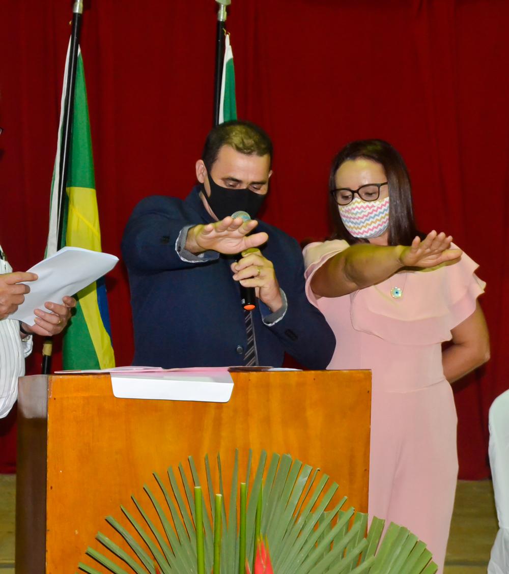 Vereadores, Prefeito e Vice Prefeito são empossados em Joaquim Pires - Pi - Imagem 11