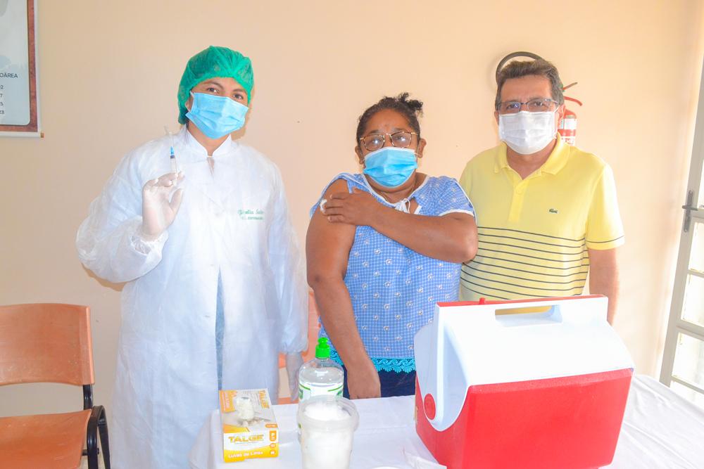 Joaquim Pires inicia vacinação contra COVID-19 - Imagem 3