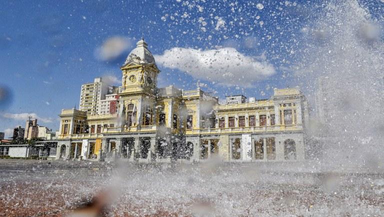 Praça da Estação, em Belo Horizonte, em Minas Gerais. O estado está entre os 10 destinos mais acolhedores do mundo. Crédito: Pedro Vilela/MTur