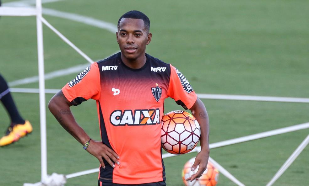 Robinho em treino do Atlético-MG, em 2017 — Foto: Bruno Cantini/Atlético MG