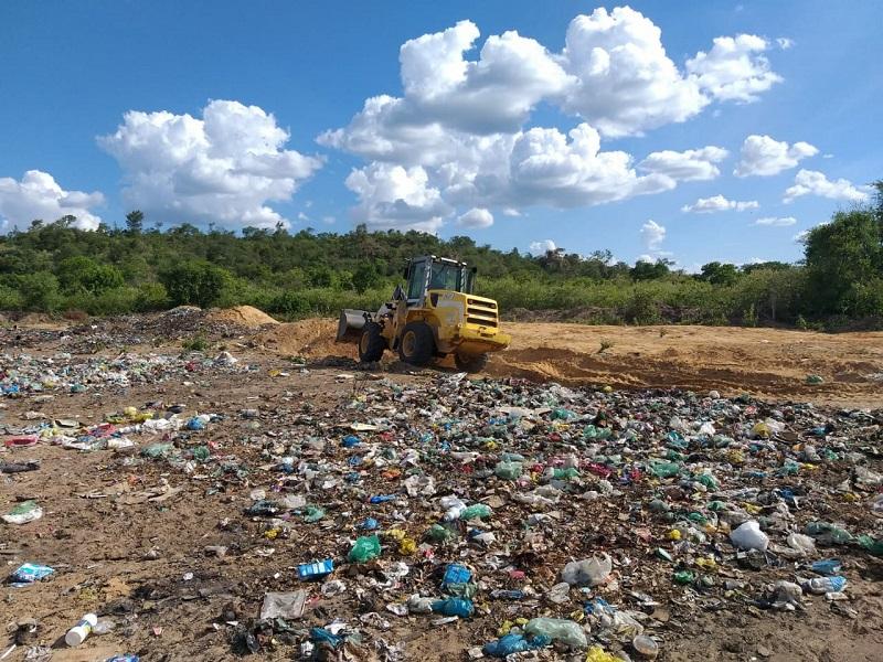 Milton Brandão: Município cercará novamente área de depósito do lixo recolhido na cidade - Imagem 4