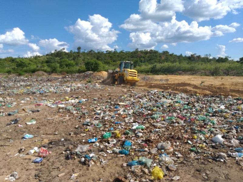 Milton Brandão: Município cercará novamente área de depósito do lixo recolhido na cidade - Imagem 3