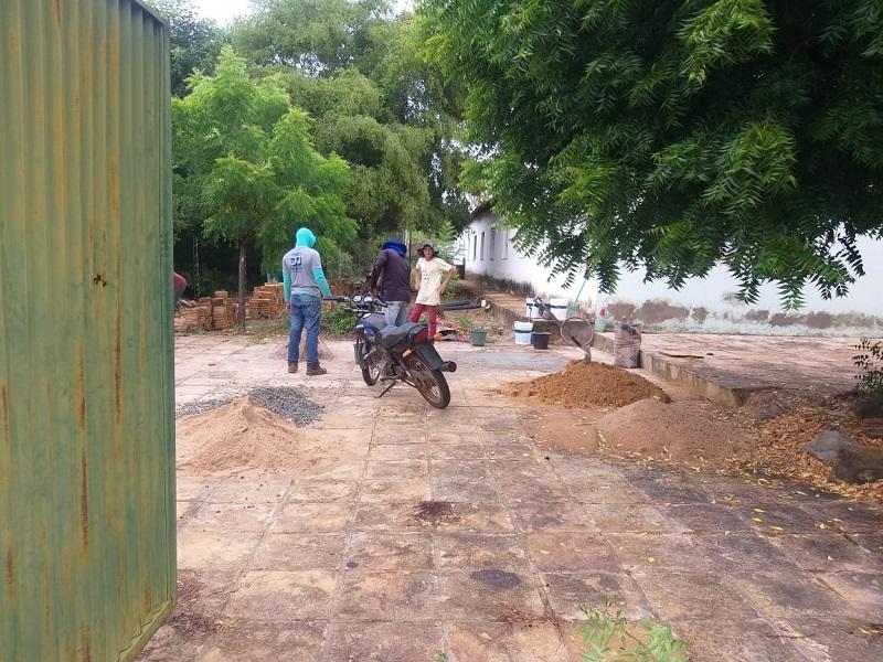 Milton Brandão: Município realiza limpeza nos colégios  - Imagem 2