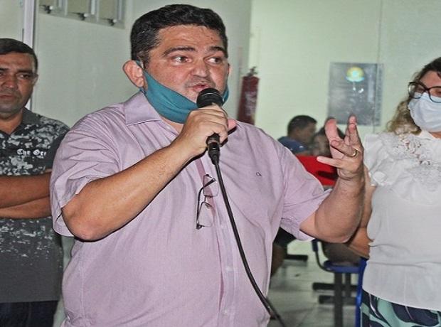 Ex-prefeito deixa rombo de mais de R$ 2 milhões em Caxingó  - Imagem 1