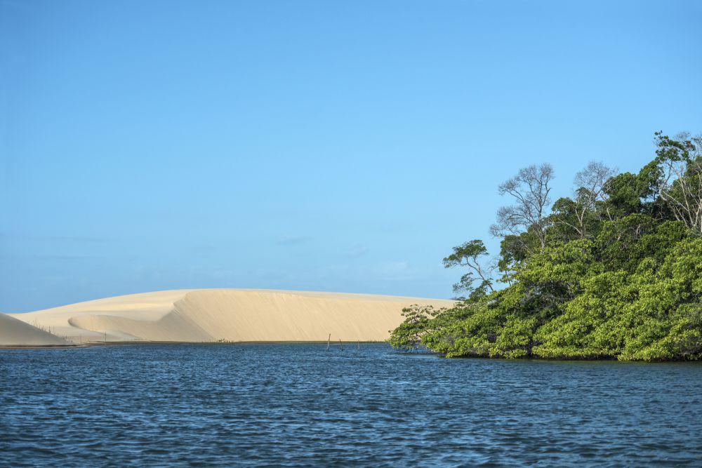 Bombeiros nao recomenda mergulho na regiao, já que no local o rio encontra o mar e é afetado pela força das águas