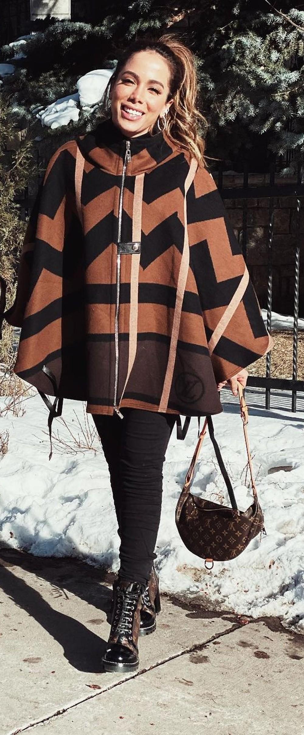 Anitta curte inverno nos EUA com looks estilosos na neve - Imagem 5