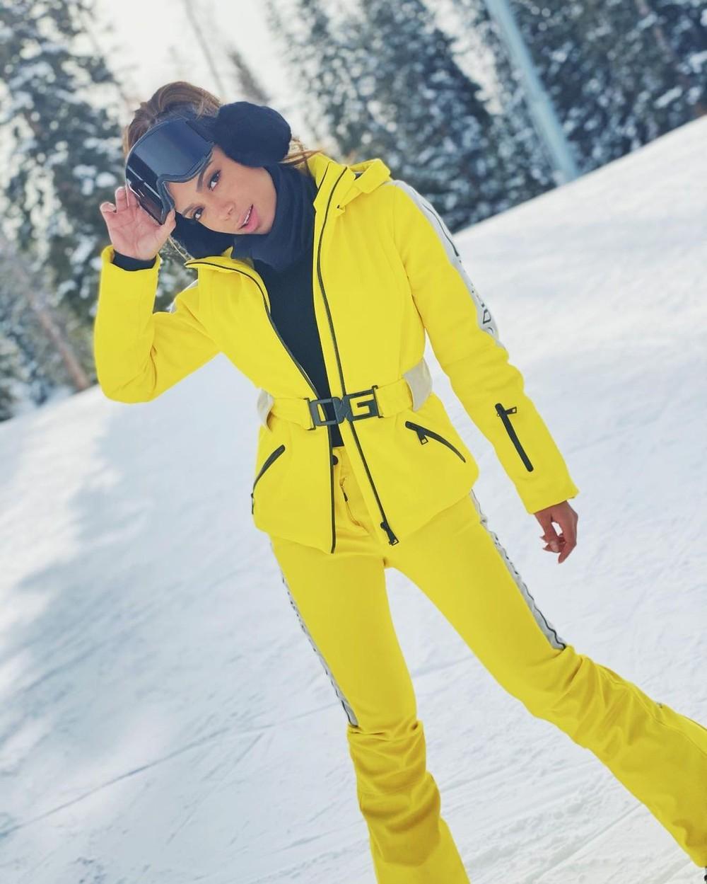 Anitta curte inverno nos EUA com looks estilosos na neve - Imagem 4